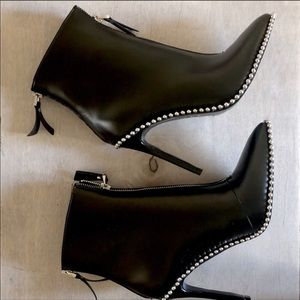 Shoes - New never worn